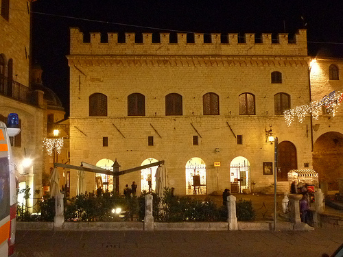 Le Logge, Art Galley, Assisi
